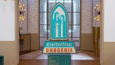 Die Superhändler - 4 Räume, 1 Deal - Klosterfrau Reklameschild \/ Nähseideschränkchen
