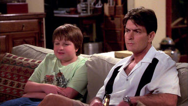 Two And A Half Men - Schwul Ist Cool