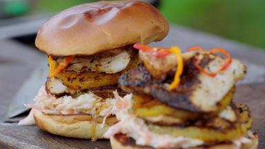 Jamie Oliver: 7 Mal Anders - Familienrezepte Für Die Ganze Woche - Jamaikanischer Jerk-chicken-burger