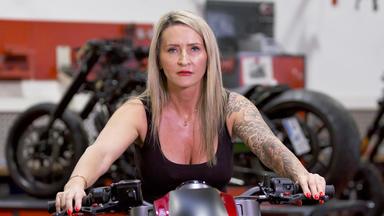 Ohne Filter - So Sieht Mein Leben Aus! - Mein Bike Und Ich - Warum Frauen Für Ihr Motorrad Leben