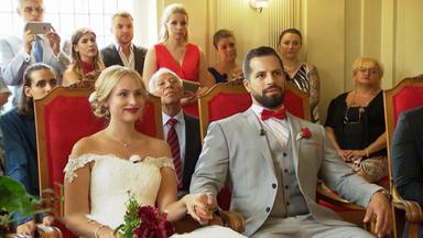 4 Hochzeiten Und Eine Traumreise - Tag 1: Sophie Und Basset, Berlin