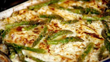 Jamies 30 Minuten Menüs - Gemüse-lasagne