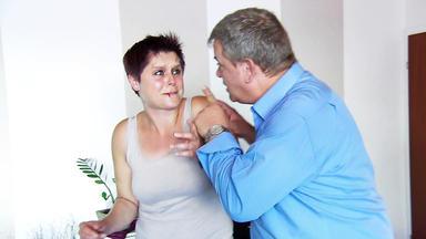 Betrugsfälle - Gewalt Ist Keine Lösung