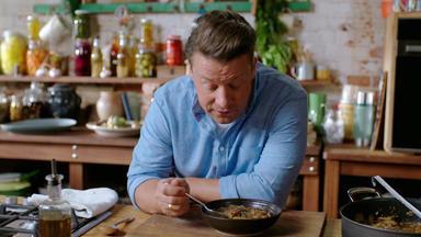 Jamie Oliver: 7 Mal Anders - Familienrezepte Für Die Ganze Woche - Jamies Lieblingssuppe