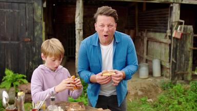 Jamie Oliver: 7 Mal Anders - Familienrezepte Für Die Ganze Woche - Rauchige Süßkartoffel-burger