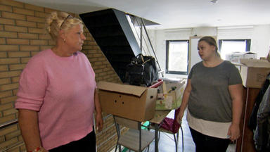 Die Wollnys - Eine Schrecklich Große Familie! - Neue Möbel Aus Der Türkei!