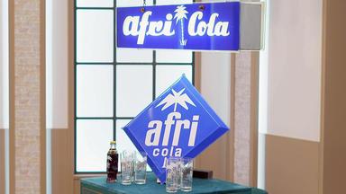 Die Superhändler - 4 Räume, 1 Deal - Afri-cola Lampe & Schild \/ Couchtisch \/ Raucherset