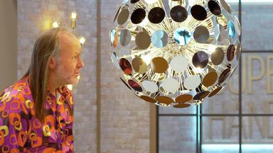 Die Superhändler - 4 Räume, 1 Deal - Sputnik Lampe \/ Hermés Aschenbecher