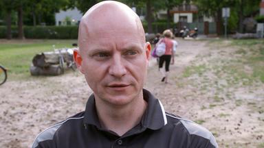 Die Alltagskämpfer - Überleben In Deutschland - Wenn Ich Klingele, Freut Sich Keiner! Deutschland, Deine Kontrolleure