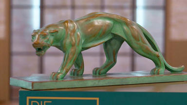 Die Superhändler - 4 Räume, 1 Deal - Bronzeimitat Panther Art Deco \/ Hansaplast Vitrine