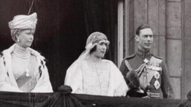Flashback: Royale Romanzen - Bertie & Elizabeth - Eine Hochzeit In Der öffentlichkeit