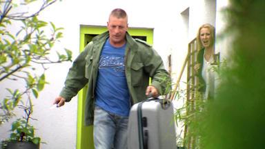 Verdachtsfälle - Detektei Davis: Ersteigerter Koffer Wird Für Familie Zum Albtraum