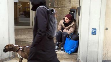 Prominent Und Obdachlos - Gosse Statt Glamour - Prinz Alexander Von Anhalt, Zoe Saip, Tobias Wegener