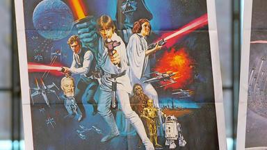 Die Superhändler - 4 Räume, 1 Deal - Jugendstilkommode \/ Leuchtbuchstaben \/ Star Wars Plakate 1977