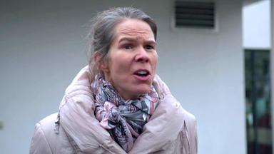 110 - Echte Fälle Der Polizei - Schwiegermutter Lässt Nicht Locker \/ Streit Um Welpen Eskaliert
