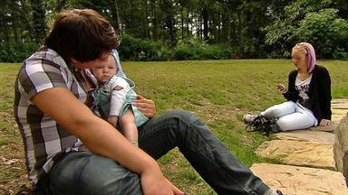 Familien Im Brennpunkt - Teenievater Kämpft Um Seine Liebe