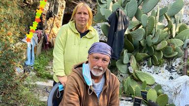 Die Alltagskämpfer - Überleben In Deutschland - Wir Bleiben, Bis Es Nicht Mehr Geht. Mallorca-auswanderer Im Existenzkampf