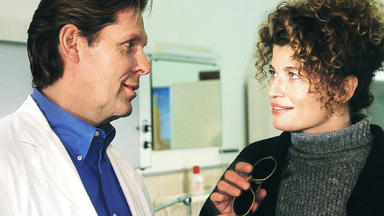 Dr. Stefan Frank - Vanessa Im Flammenkranz