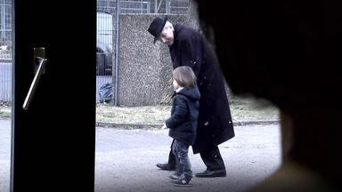 Verdachtsfälle - Fremder Mann Versucht Kind Aus Kita Abzuholen