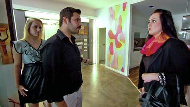 Die Trovatos - Detektive Decken Auf - Housesitterin Gibt Sich Als Millionärstocher Aus