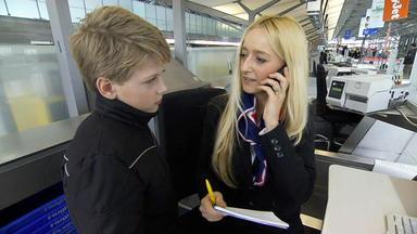 Familien Im Brennpunkt - 25-jährige Lässt Kind Am Flughafen Zurück