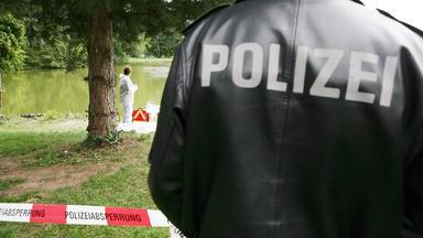Anwälte Der Toten - Frau Erschlagen \/ Apotheker Tötet Tante