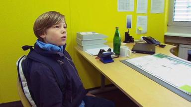 Familien Im Brennpunkt - 9-jähriger Schwärzt Seine Eltern Beim Jugendamt An