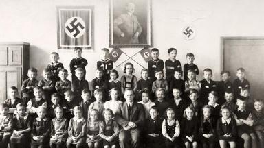 Hitler-deutschland - Leben Im Dritten Reich - Nazifizierung