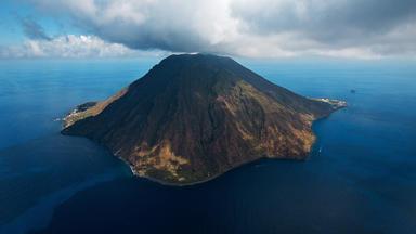 Die Erde Von Oben - Vulkane - Sinnbild Des Lebens Auf Der Erde - Teil 1