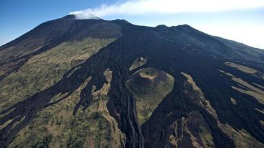 Die Erde Von Oben - Vulkane - Sinnbild Des Lebens Auf Der Erde - Teil 2