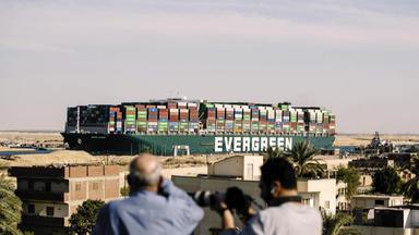 Sos Im Suez-kanal - Bergung Eines Superfrachters - Sos Im Suez-kanal - Bergung Eines Superfrachters