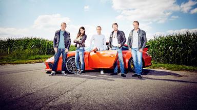 Grip - Das Motormagazin - Det Sucht Kadidjas Erstes Auto - 500 Ps-power-limousinen - Bmw M3 Competition Vs. Alfa Romeo Quadrif
