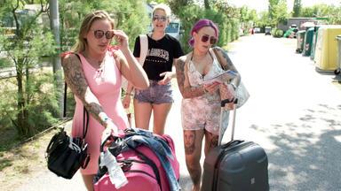 Bella Italia - Camping Auf Deutsch - Endlich Urlaub! Die Fingerhuths Suchen Den Perfekten Stellplatz