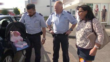 Wache Köln-ost - Vf-spezial - Baby Im Auto Sorgt Für Polizeieinsatz \/ Frau Verdächtigt Sexy Pflegehilfe Des Mordes An Ihrer Schwie
