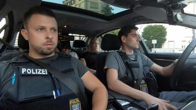 Polizei Im Einsatz - Auf Streife