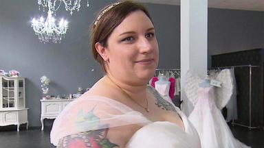 Zwischen Tüll Und Tränen - Eine Bewegende Brautkleidsuche