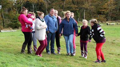 Die Wollnys - Eine Schrecklich Große Familie! - Urlaub Auf Dem Bauernhof - Teil 1
