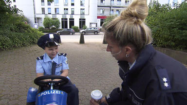 Verdachtsfälle - 5-jähriger Will Polizist Werden