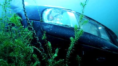 Auto Mobil - Thema U.a.: Auto Unter Wasser