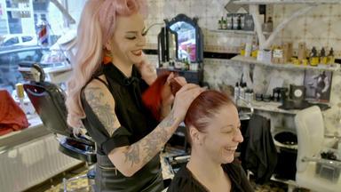 Einfach Hairlich - Die Friseure - Ioana Erkennt Sich Nicht Mehr Wieder