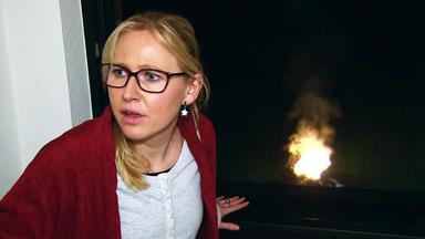 Verdachtsfälle - Brennender Kinderwagen Jagt Werdender Mutter Angst Ein