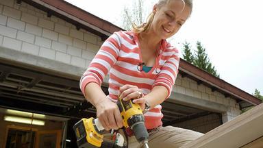 Zuhause Im Glück - Die Familie Benötigt Hilfe Beim Umbau Ihrer Alten Mühle