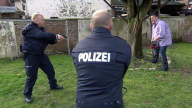 Die Trovatos - Detektive Decken Auf - Familienvater Jagt Seiner Ehefrau Mit Motorsäge Angst Ein