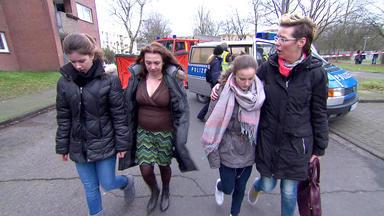 Verdachtsfälle - 16-jährige Freundinnen Wollen Sich Vom Dach Stürzen