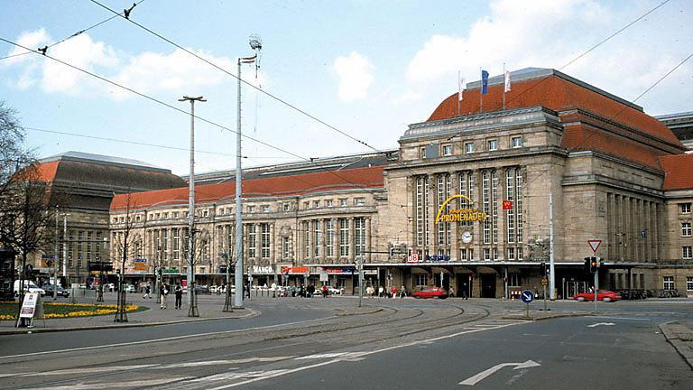 Endstation Leipzig! - 24 Stunden Hauptbahnhof | Folge 887